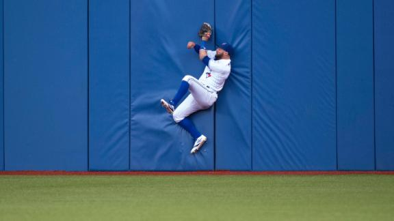 Great catches at the wall in 2016