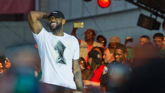 http://a.espncdn.com/media/motion/2016/0624/dm_160624_LeBron_return_Akron/dm_160624_LeBron_return_Akron.jpg