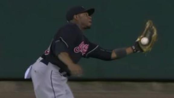 Davis saves the day for Indians with great catch