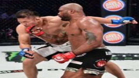 Jackson claims split decision in Bellator return