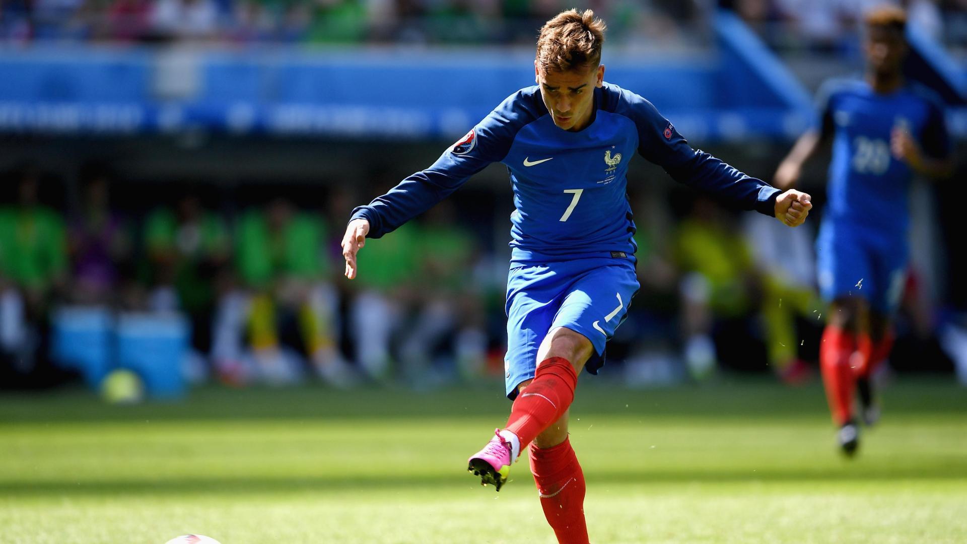 Griezmann scores again for France lead