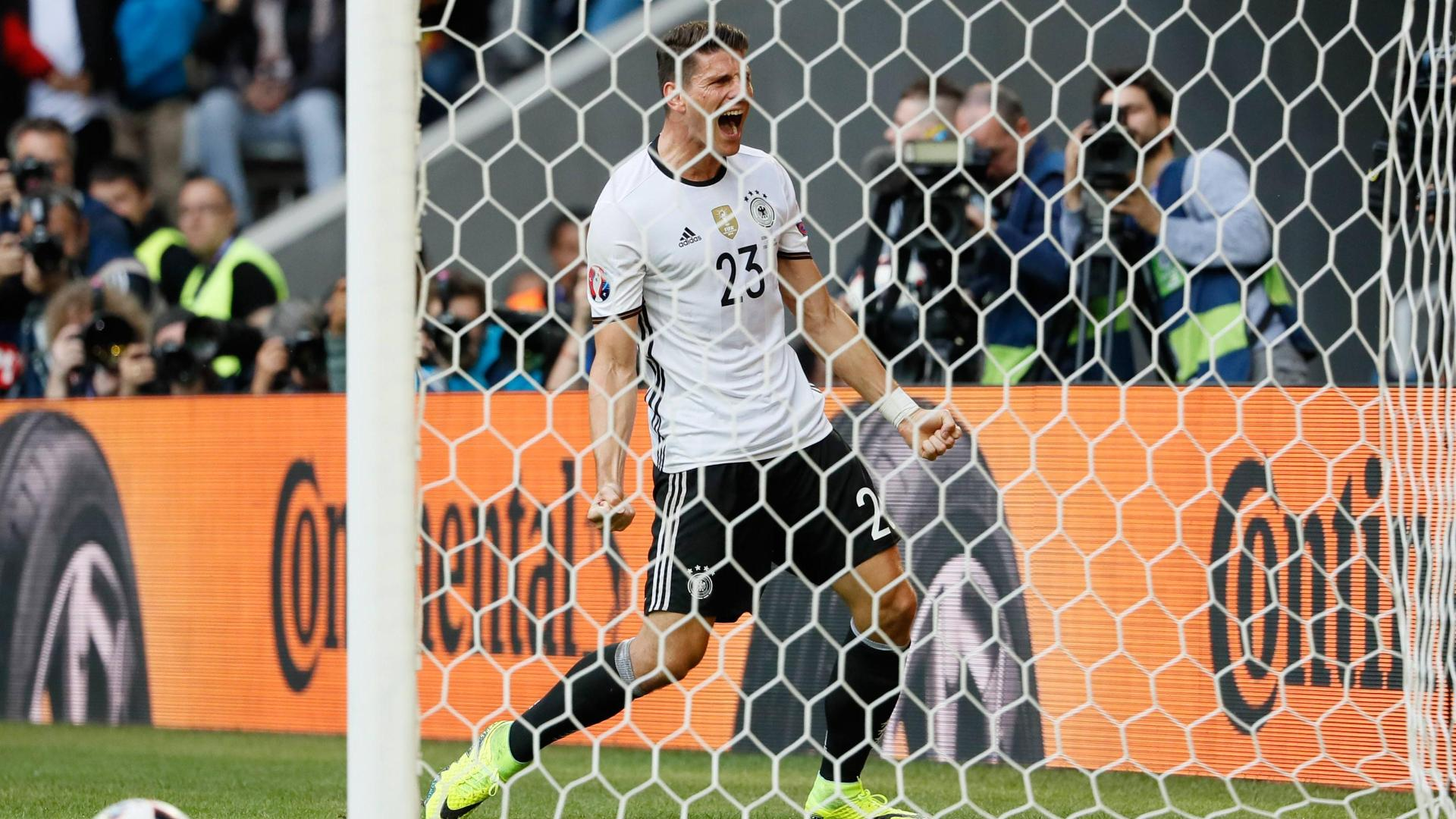 Gomez's strike extends Germany's lead