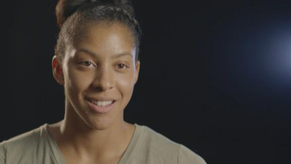 Video - Peyton Manning's greatness inspires Candace Parker