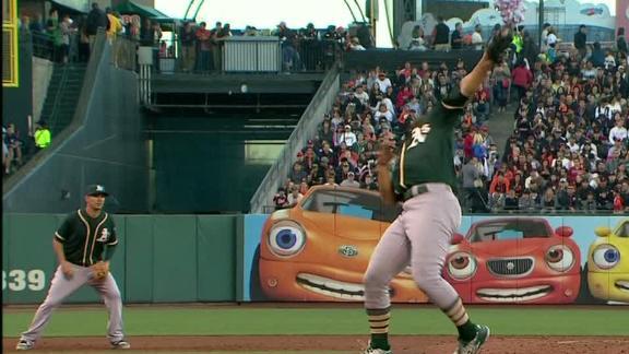 Mengden's quick reflexes end inning