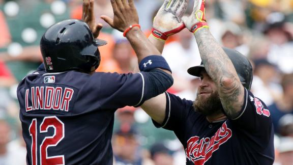 Indians top Braves for 11th straight win