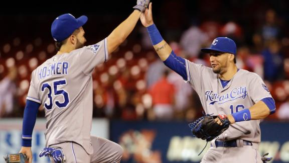 Royals fight off Cardinals in 12 innings