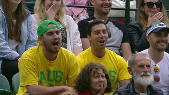 Fans do the grunting for Kyrgios, Brown