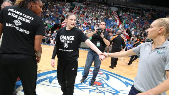 Lynx honor shooting victims before win over Wings