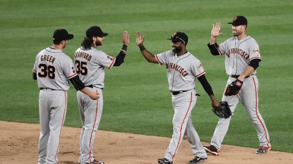 Giants snap six-game slide, top Yankees in 12