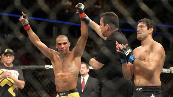 Barboza defeats Melendez by decision