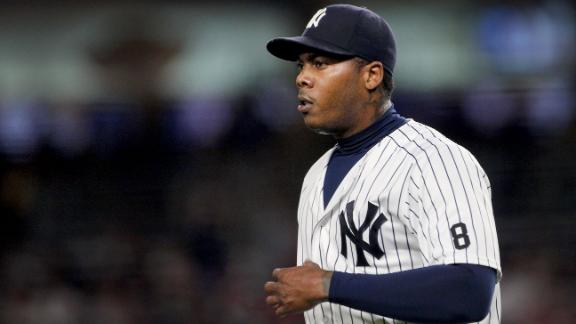 Cubs acquire star closer Aroldis Chapman in trade with Yankees