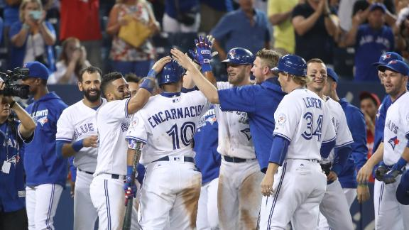 Blue Jays walk off in 12th inning on wild pitch