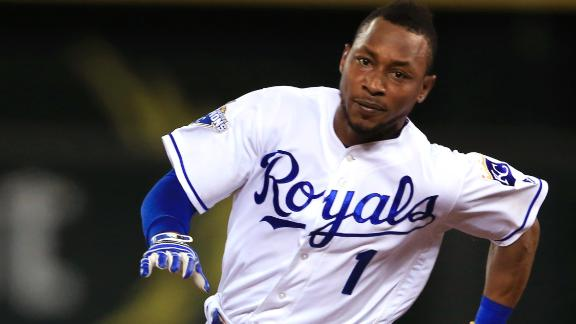Dyson puts Royals ahead with seventh inning triple