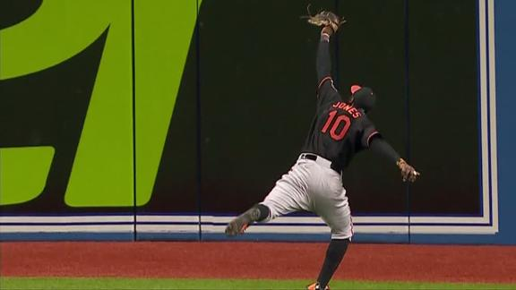 Jones reaches for impressive leaping catch