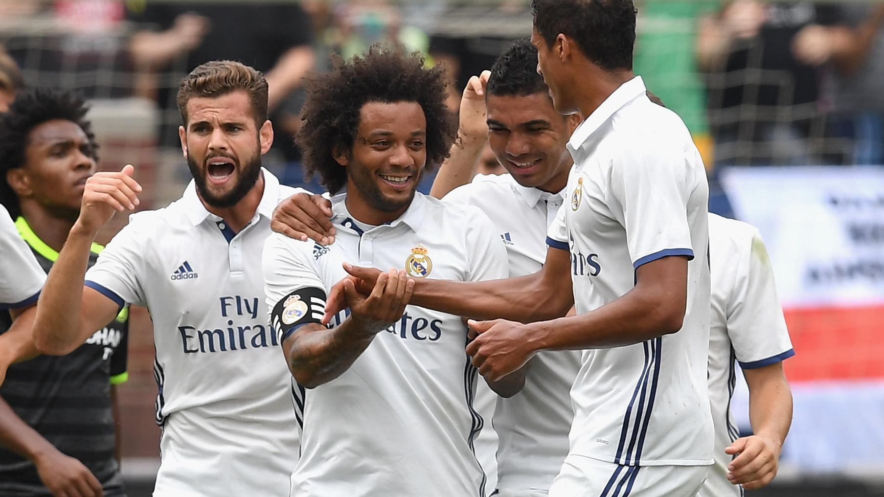 Real Madrid jumps out early, top Chelsea