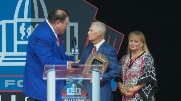 Mortensen honored at Hall of Fame