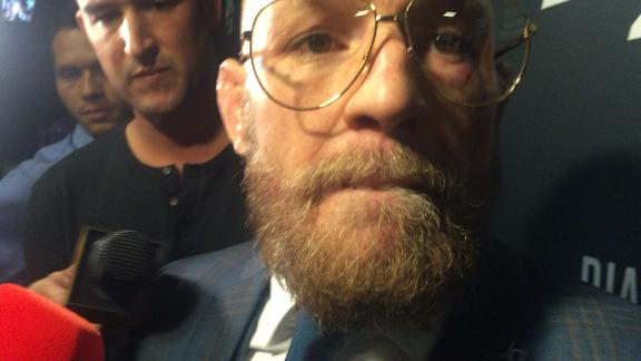 <a class='titles_link' href='view_news.php?link=http://espn.go.com/boxing/mma/story/_/id/17384890/conor-mcgregor-nate-diaz-buzz-reminds-us-classic-sports-trilogies&title=Going back for thirds: Great sports trilogies</a&img=http://a.espncdn.com/media/motion/2016/0821/ss_20160821_041127306_595345/ss_20160821_041127306_595345.jpg'>Going back for thirds: Great sports trilogies</a</a>