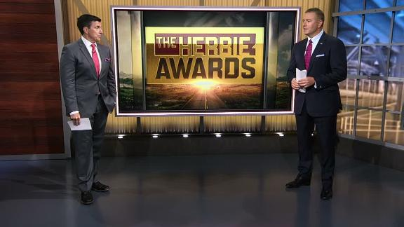 Penn State RB Barkley takes home Herbie's breakout star award