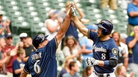 Braun's two homers carry Brewers