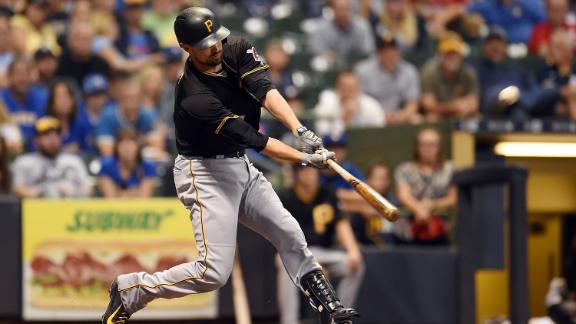 Mercer opens up Pirates' lead with a grand slam