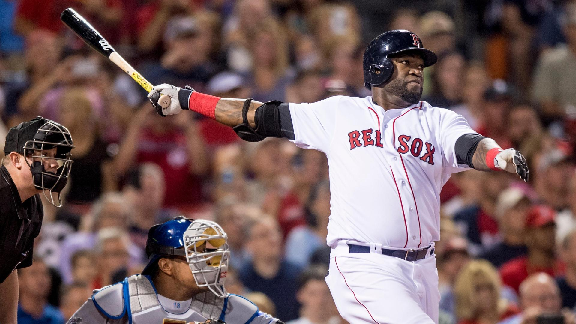Ortiz moves into tie with Jimmie Foxx on HR list