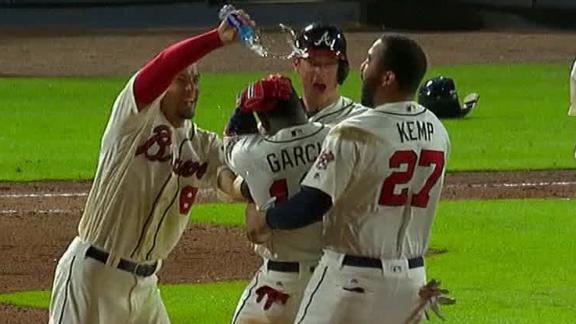 Braves walkoff on Garcia's RBI single