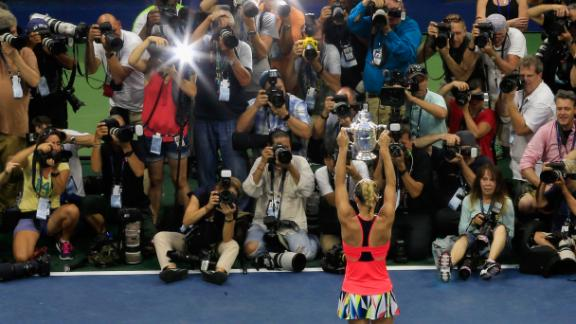 Kerber holds off Pliskova for US Open crown