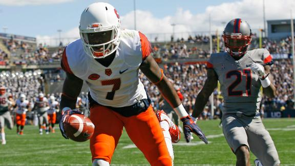 Syracuse WR has himself a day against UConn
