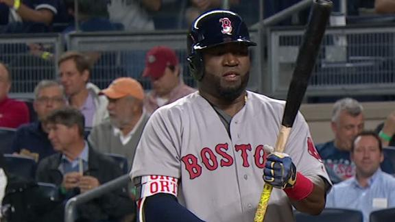 Ortiz receives mixed ovation in first AB