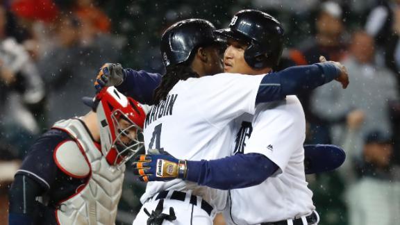 Cabrera, Tigers top Indians in rain-shortened game