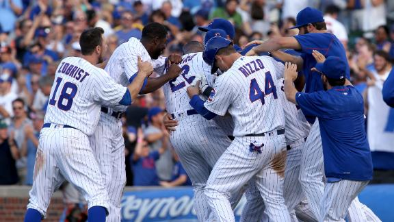 Relive Cubs-Giants regular season matchup
