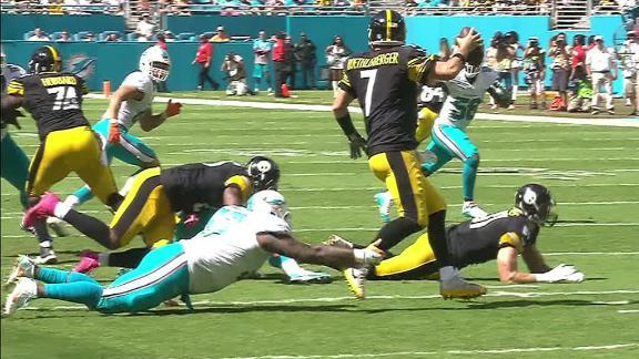 Roethlisberger tears meniscus against Dolphins