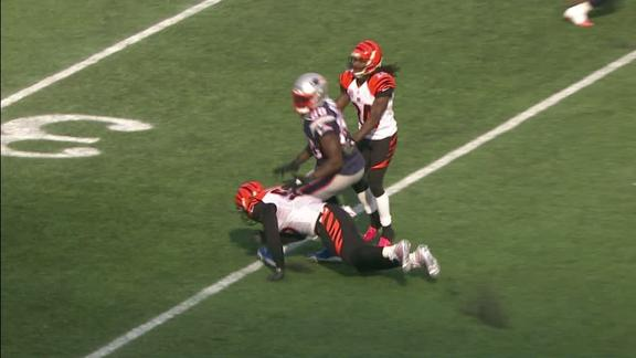 Burfict lunges at Bennett with dangerous hit to knee