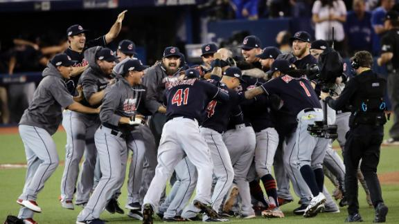 Indians shut down Blue Jays to advance to World Series