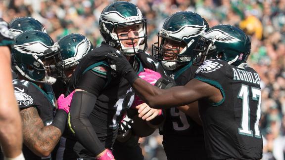Eagles hand Vikings first loss of season