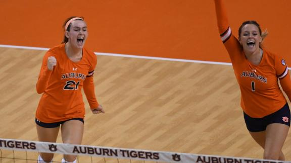 Tigers finish off Hogs 3-1
