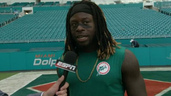 Dolphins' Ajayi rushes for 200 yards again