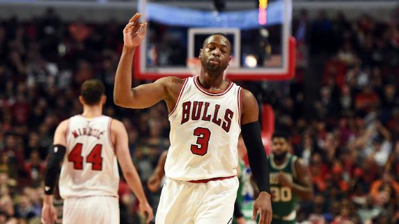 Bulls' Dwyane Wade fined $25,000 for throat-slash gesture vs. Celtics