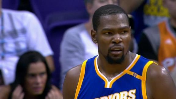 Durant drops 37 in Warriors' win