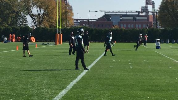 Huff at Eagles' practice, will not face immediate disciplinary action