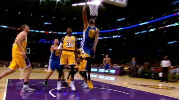 Durant intercepts pass for Thompson