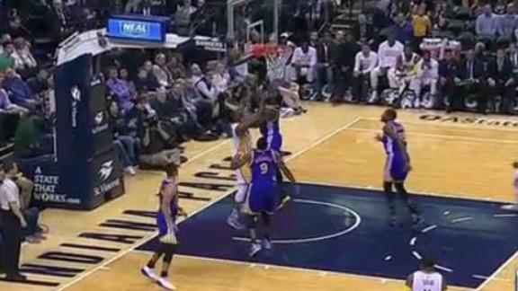 Draymond's defense strong with big time block