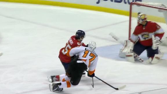 Simmonds fires it past Luongo to put Flyers on board