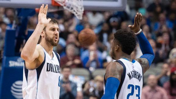 Mavericks snap 8-game slide