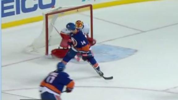 Hickey's redirection is an OT winner for Islanders