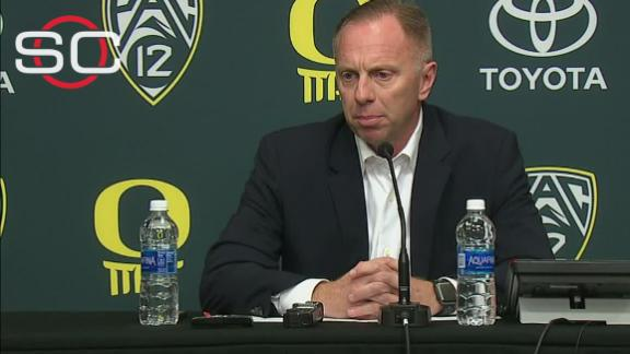 Oregon AD: Players were upset over Helfrich's firing