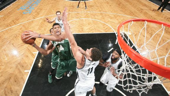 Antetokounmpo's big night leads Bucks past Nets
