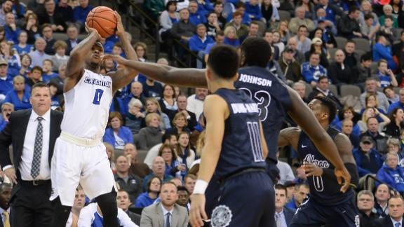 Creighton stays perfect with easy win over Akron