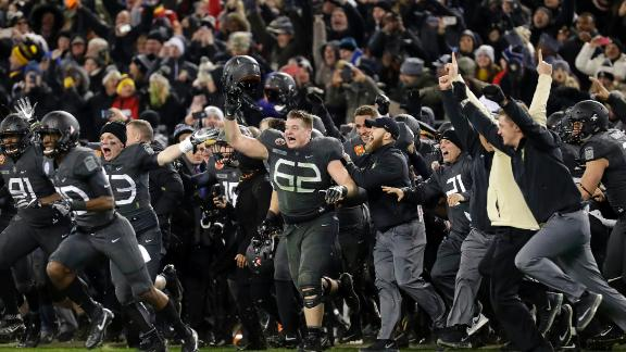 Army rallies for first win vs. Navy since 2001