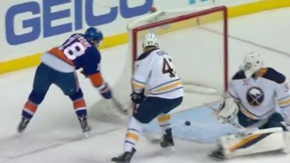 Strome, Tavares score in Islanders win